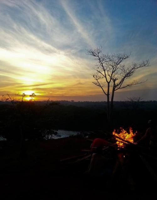 Закат на Белом Ниле. Уганда.